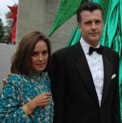Le banquier suisse charge son épouse