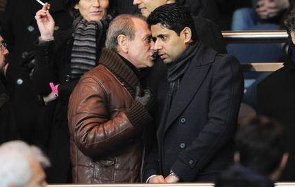 Le maire de Paris Bertrand Delanoë avec Nasser al-Khelaïfi, le président du PSG