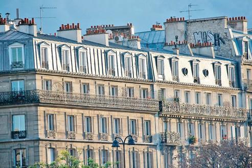 Les prix des appartements anciens ont augmenté de 18% à Paris entre septembre 2010 et septembre 2011.