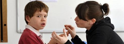 Ces parents qui sacrifient tout pour aider leur enfant autiste