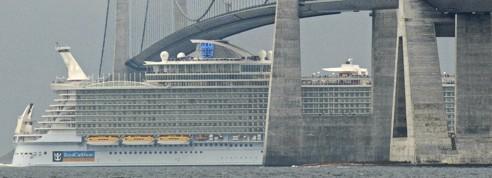 La course au gigantisme des navires <br/>de croisière<br/>