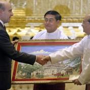 Birmanie: Juppé pour une levée des sanctions