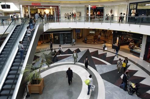 Nouveau recul des ventes dans les centres commerciaux