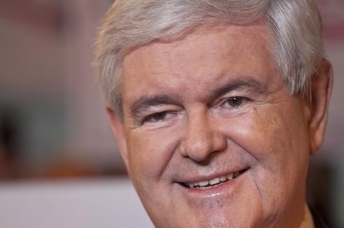 Le candidat Newt Gingrich dépasse Mitt Romney dans les derniers sondages