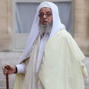 Paris : un imam radical bientôt expulsé