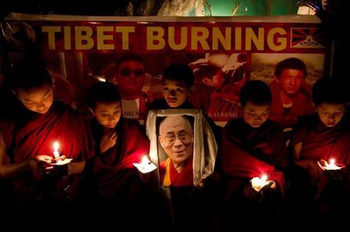Immolations et émeutes embrasent le Tibet