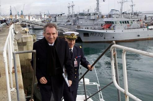 Bayrou acte ses «désaccords» avec le PS