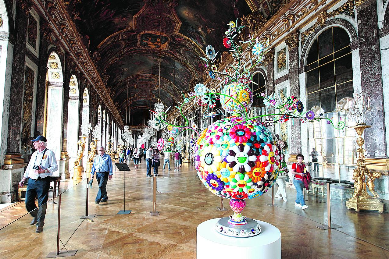 Moins d'art contemporain à Versailles