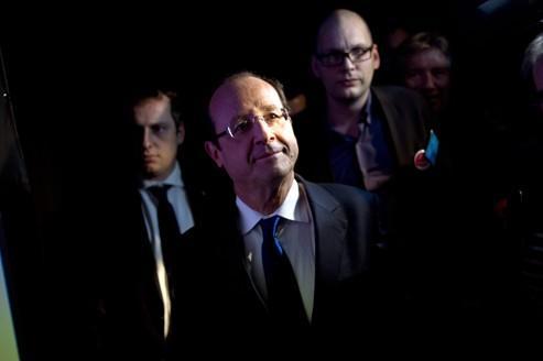Hollande s'engage à ouvrir une conférence environnementale