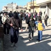 Les blindés syriens aux portes de Damas
