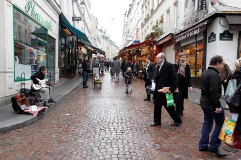 Rue Mouffetard, la vie en pente douce