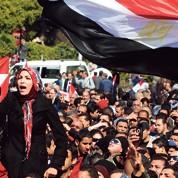 L'armée égyptienne sous le feu des critiques