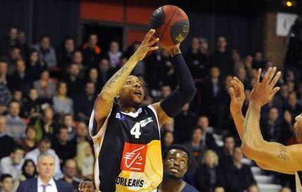 Orléans reçu cinq sur cinq