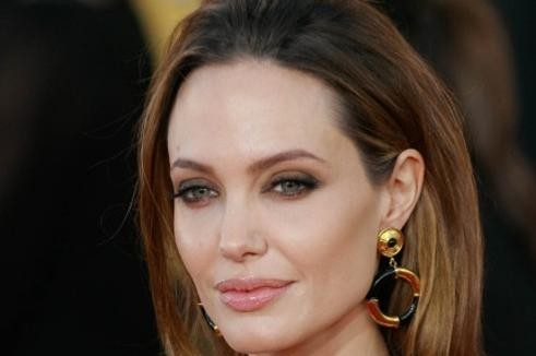 Angelina Jolie remettra un Oscar