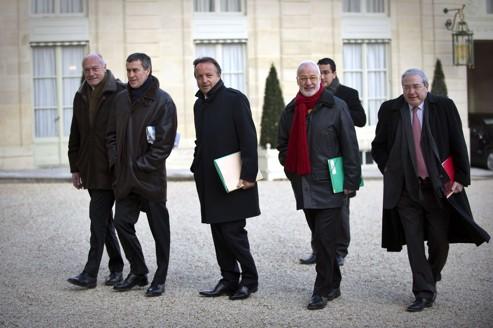 Collectivités: Sarkozy veut une réduction des dépenses