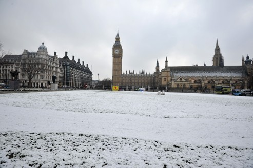 Paris et Londres croisent le fer sur la finance