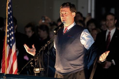 Rick Santorum se sent pousser des ailes face à Romney