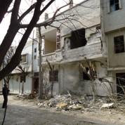 Syrie : la contestation s'accroît, les raids aussi