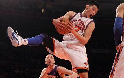Jeremy Lin n'en finit plus de surprendre...