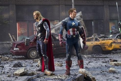 The Avengers , «le meilleur film de superhéros jusqu'ici»
