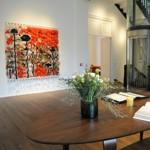 Maison Particulière expose des œuvres d'art dans l'intimité d'une maison privée.