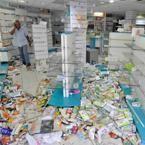 Une pharmacie mise à sac, dans le quartier du Chaudron.