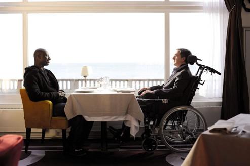 Omar Sy et François Cluzet dans Intouchables, l'oeuvre méritant le César du meilleur film pour 35,8% des internautes du Figaro.fr ayant participé à notre sondage.