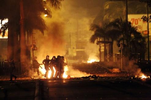 Deuxième nuit de violences à la Réunion
