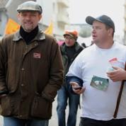 Les candidats partent à la pêche aux chasseurs