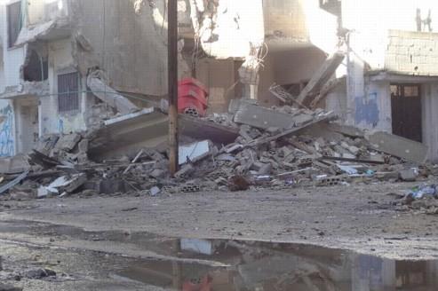 À Homs, dans le centre de la Syrie, le quartier de Bab Amro est bombardé sans relâche par l'armée de Bachar el-Assad.
