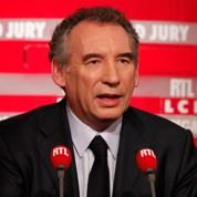 Bayrou dénonce le «duo» PS - UMP