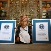 L'homme le plus petit du monde est Népalais