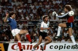 La violente sortie d'Harald Schumacher a provoqué la sortie sur blessure de Battiston en 1982.