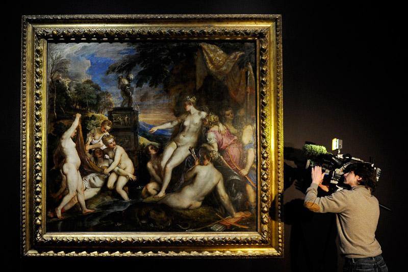 <b>Le prix de l'art</b><br /> Pour racheter ce tableau du Titien, «Diane et Callisto», la National Gallery de Londres et son homologue écossais ont dû débourser 45 millions de livres sterling. Les deux musées ont associé leurs efforts afin que ce chef-d'œuvre peint pour Philippe II d'Espagne et jusqu'ici propriété du duc de Sutherland, reste au Royaume Uni où il est exposé au public depuis des décennies en compagnie d'un autre tableau du maître: «Diane et Actéon».