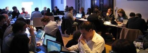 Au QG de Hollande, les blogueurs assurent «le service après-vente»
