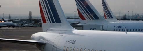 Air France se prend les pieds dans le service minimum
