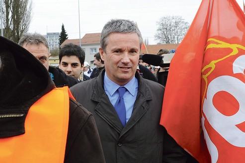 Dupont-Aignan toujours confiant dans sa candidature