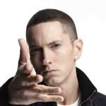 Eminem réunit plus de 9 millions de followers pour seulement 176 tweets.