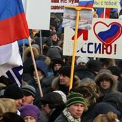 Des manifestants payés pour Poutine