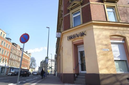 Le magasin «Brevik» appartient à la marque Thor Steinar, appréciée par les néonazis.