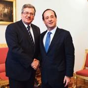 Hollande a trouvé porte semi-close en Pologne