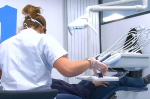 Pénurie de dentistes : le Havre recrute des étudiants de Lille