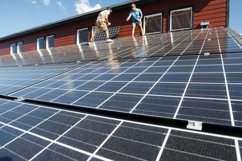 La production solaire, casse-tête du médiateur d'EDF