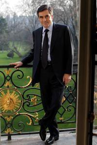 Selon le premier ministre, la stratégie d'Hollande «ne résistera pas à la durée de la campagne».