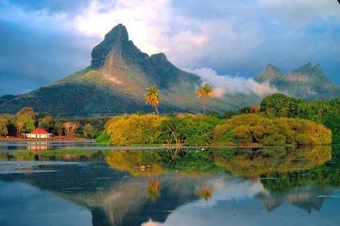 La montagne du rempart à l'île Maurice. Un songe dans l'océan.