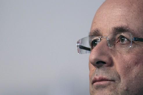 Francois Hollande lors d'un débat organisé par l'association FCPE, samedi, à Paris.