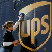En croquant TNT, UPS s'impose en leader