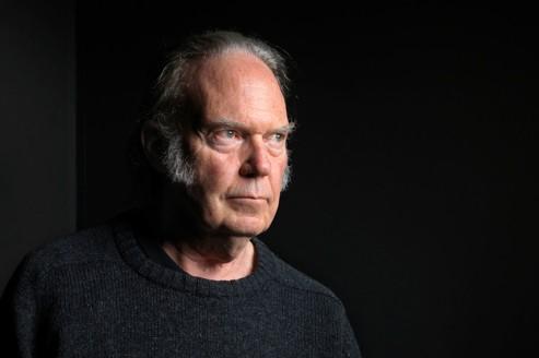 Neil Young chevauche Crazy Horse à nouveau