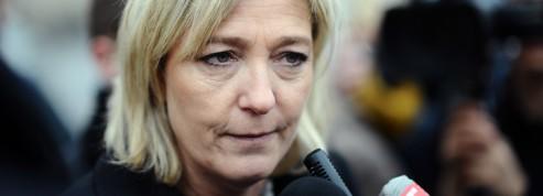 Marine Le Pen réclame la «guerre» contre les islamistes