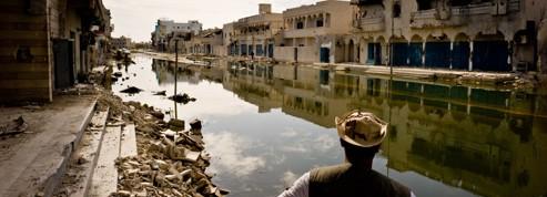 � Syrte, les fid�les de Kadhafi ruminent leur d�ch�ance